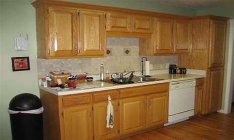 oak kitchen cabinets and wall color wall colors for kitchens with oak cabinets kitchen paint 8966