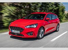 New Ford Focus STLine Estate 2018 review Auto Express
