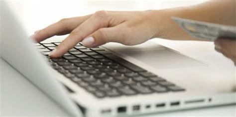 e commerce les ventes en ligne ont ralenti avec la crise challenges fr