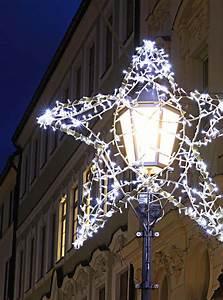 Weihnachtsbeleuchtung Außen Balkon : professionelle weihnachtsbeleuchtung aussen ~ Michelbontemps.com Haus und Dekorationen