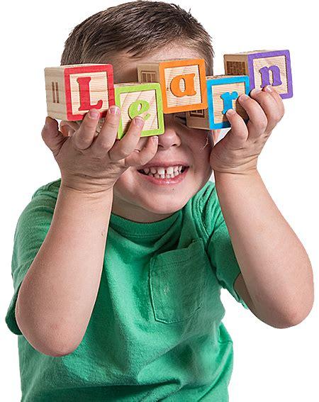 uda creative arts preschool draper utah preschool for 518   boy with blocks 450