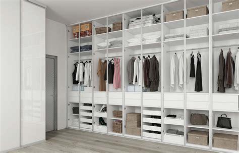 design for bathroom walk in wardrobe komandor