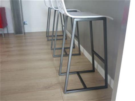 駘駑ent de cuisine haut chaises haute plan de travail cuisine menuiserie agencement design