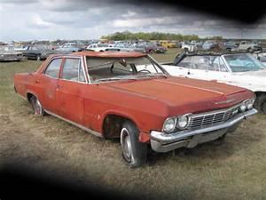 1965 Chevy Impala 4dr Sedan Ref698 Parts