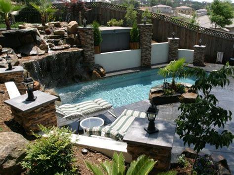 ideas  decorating backyard pools