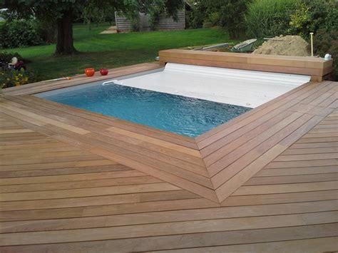 piscine carree en bois piscines bois piscine hors sol enterr 233 e
