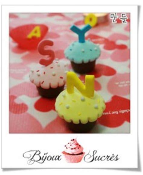 lettre en pate a sucre tuto fimo cupcakes lettres bijoux sucr 233 s