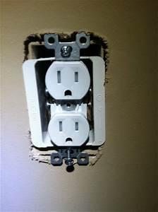 Review  Newertech Power2u Usb Wall Outlet
