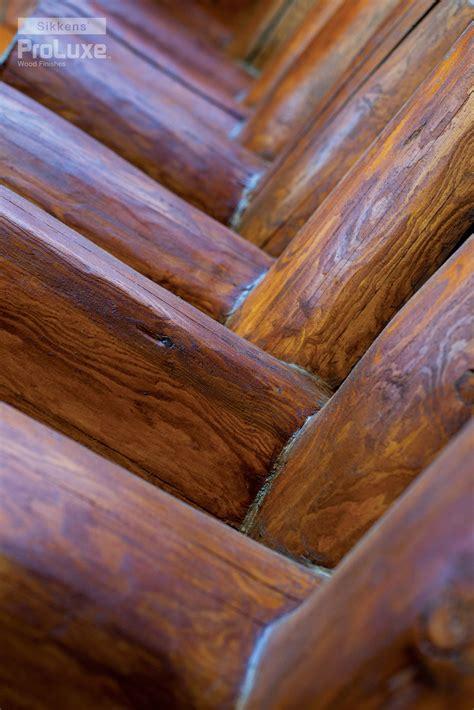close    gorgeous pine logs shows