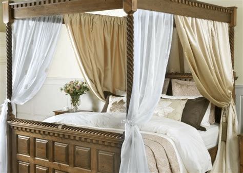 Four Poster Drapes - four poster bed drapes and curtains handmade in the uk
