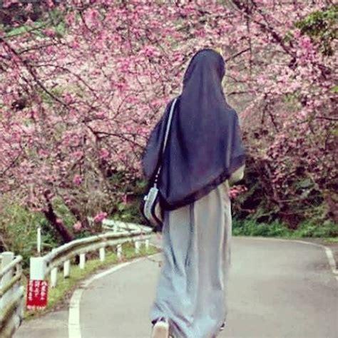 hijab syari wanita muslimah hijaberduit