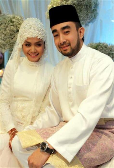 Wanita Mengandung Facebook 4 Gambar Nikah Dan Kahwin Liyana Jasmay Bersama Suami