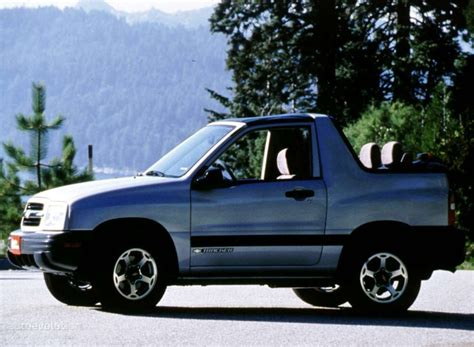 Chevrolet Tracker Convertible Specs  1999, 2000, 2001