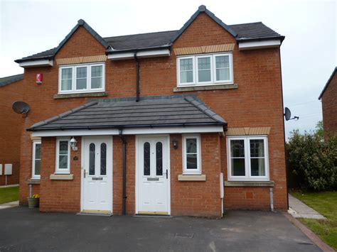 two houses 2 bed semi detached house to rent edenside cargo