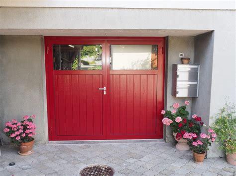 Flügeltor Garage Preis by Garagentor Fl 252 Geltor Sanierung Farbe Ral 3003 Rubinrot