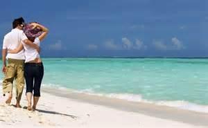 empat fakta menyehatkan  berlibur  pantai