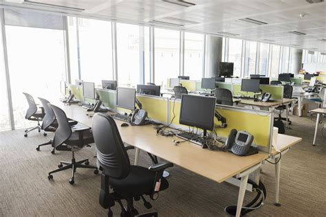 cubicles vs open space office layout