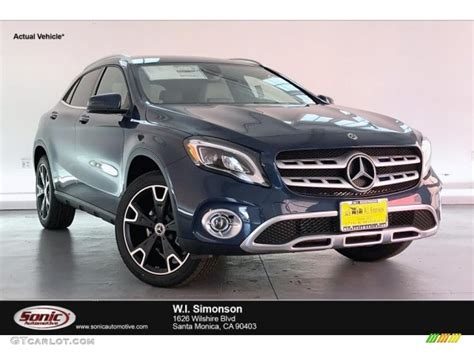 We are of course speaking about being able to finally check out the color options for your new model. 2020 Denim Blue Metallic Mercedes-Benz GLA 250 #135490459 ...