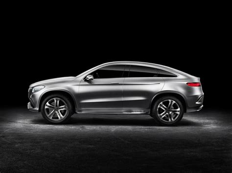 With four base models to choose from, each with multiple configurations, there's a perfect suv for everyone. 2015 Mercedes-Benz Concept Coupe SUV | machinespider.com