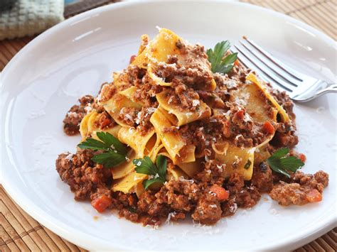 sauce cuisine the best cooked bolognese sauce recipe serious eats