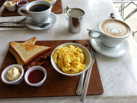 6 makanan paling sehat untuk sarapan hello sehat