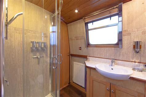 guide  installing  shower   narrowboat shower