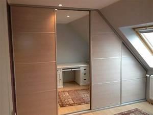 Fabriquer Sa Porte Coulissante Sur Mesure : placard coulissant sous pente bois avec traverses alu et ~ Premium-room.com Idées de Décoration