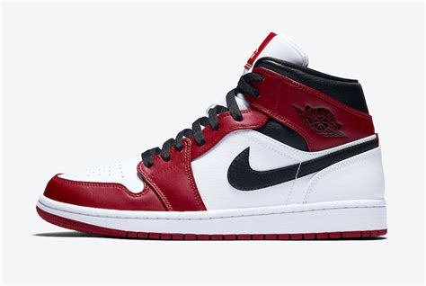 Air Jordan 1 Mid Chicago White Heel 554724 173 Release