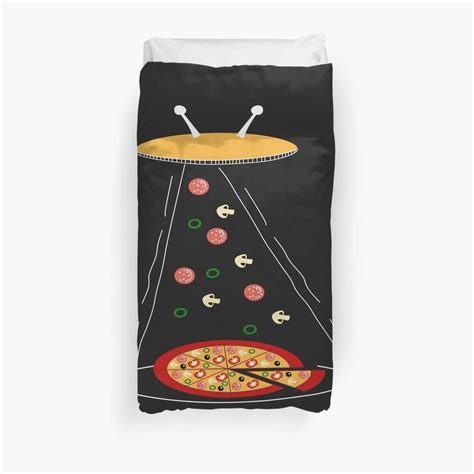 'Funny Pizza Lover Tees' Duvet Cover by Bettylop in 2020 ...