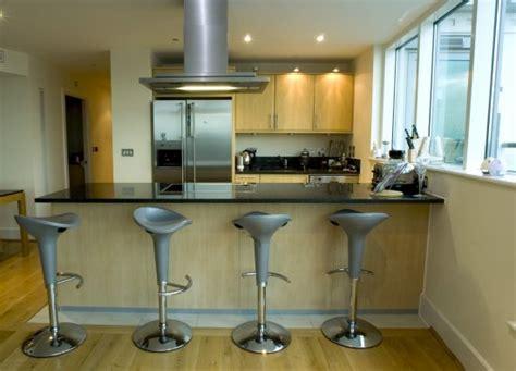cuisine ouverte sur salon avec bar