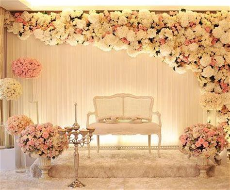 classy    stage   reception