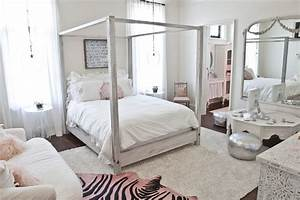 teen-girls-bedroom-ideas-Bedroom-Eclectic-with-beige-rug