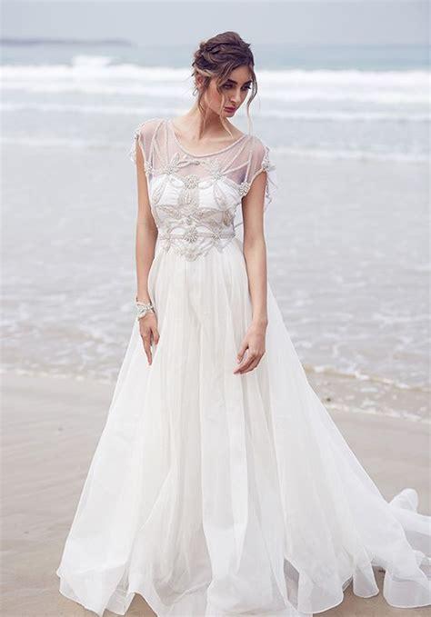 delicate  chic flowy wedding dresses weddingomania