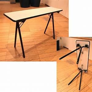 Table Pliante Metal : 1 table pliante rectangulaire a pietement en metal noir le ~ Teatrodelosmanantiales.com Idées de Décoration