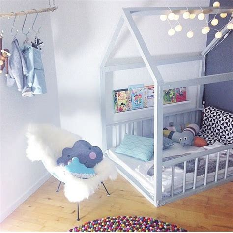 cabane de chambre aménager un coin cocoon dans la chambre bébé petit