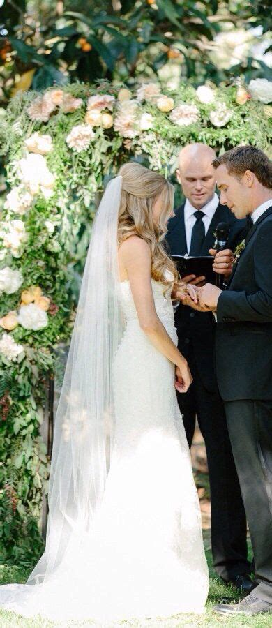25 Best Ideas About Veil Hairstyles On Pinterest