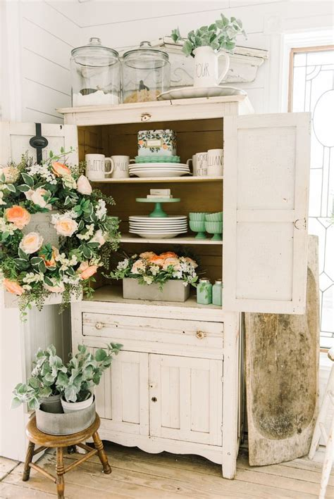 cottage dining rooms ideas  pinterest white