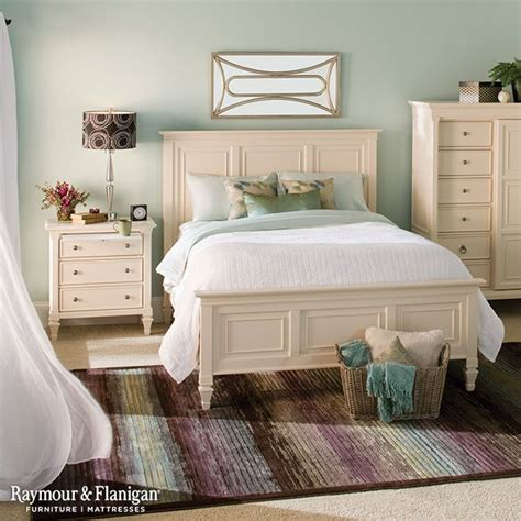 The Elegant Cream Bedroom Furniture For Your Room