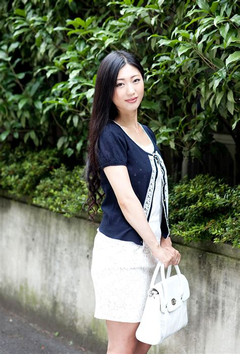 69dv Japanese Jav Idol Mitsu Dan 壇蜜 Pics 34