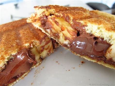 nutella crepes gaufres gateaux gourmand