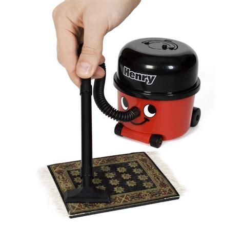 Office Desk Vacuum by Top 10 Desk Vacuum Cleaners