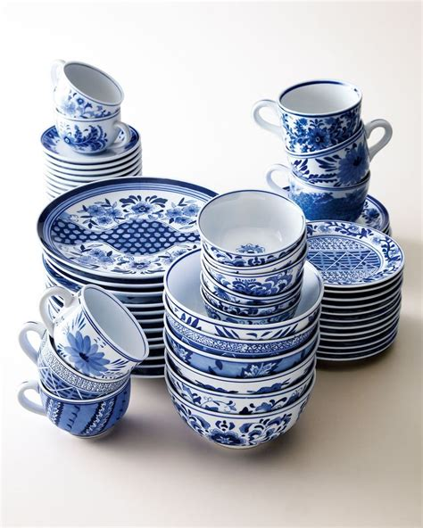 blue and white dinnerware nm exclusive traditional blue white dinnerware