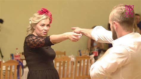 Pirmā deja: Sintijas un Edgara deja - YouTube