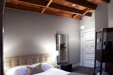 plafond étoilé chambre etoiles fluorescentes plafond chambre maison design