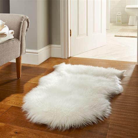 small faux fur rug faux fur rugs in white free uk delivery the rug seller