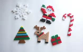 items similar to christmas tree ornaments set of 6 perler beads on etsy