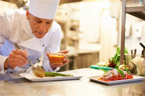 chef de cuisine salary what does an executive restaurant chef do cooking