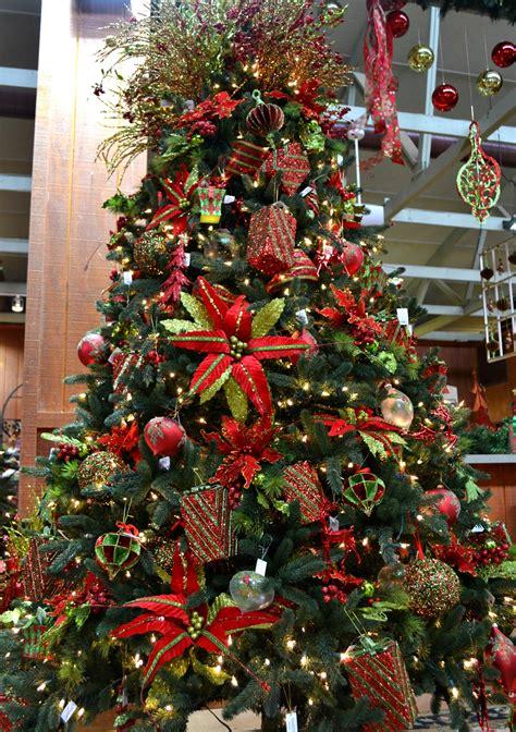unique fun christmas decoration themes fairview