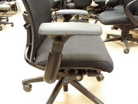 zody chair arm pads haworth zody s office furniture