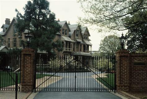 where to buy l shades in raleigh nc north carolina executive mansion 12 photos landmarks